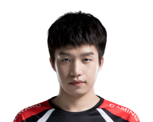 EDG Clearlove 2019 Summer.png